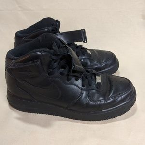 Nike Air Force 1 Mid 07 Men's Shoe Size 7.5